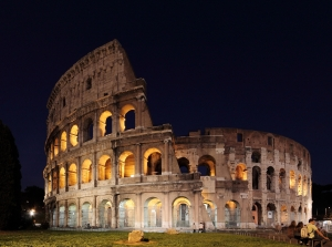 colosseum_at_night_-_wide_angle